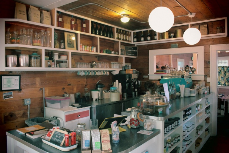 Friends-and-Neighbors-Coffee-Bar-filter